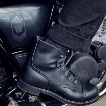 RED WING SHOES x WRENCHMONKEES 4545 IRON RANGER BLACK SPITFIRE
